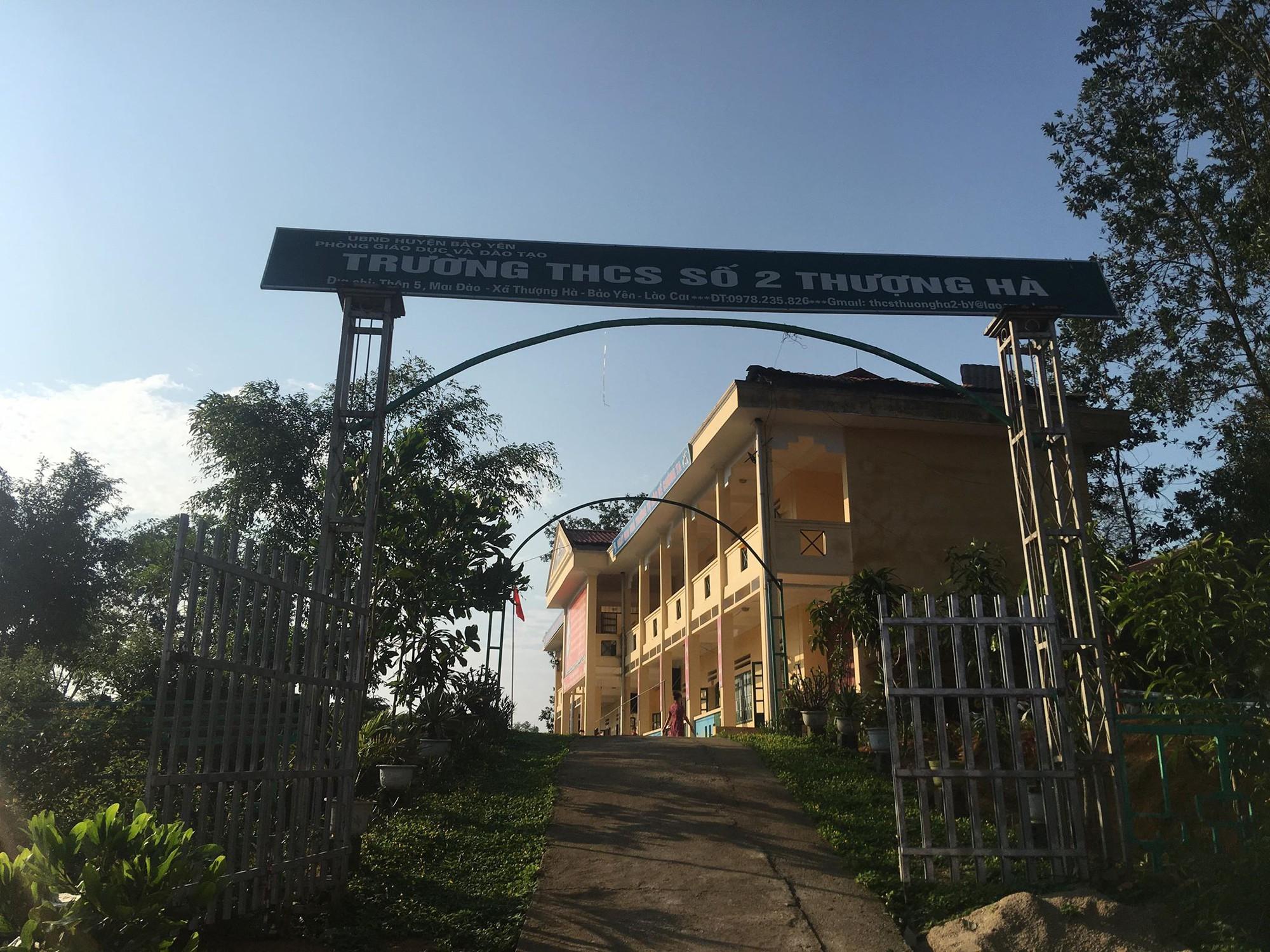 Trường THCS Thượng Hà