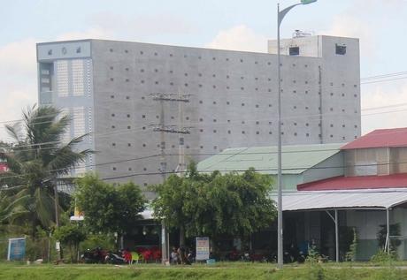Nhà nuôi yến của ông Tư Thụ ở phường Đông Thuận (TX Bình Minh, tỉnh Vĩnh Long).
