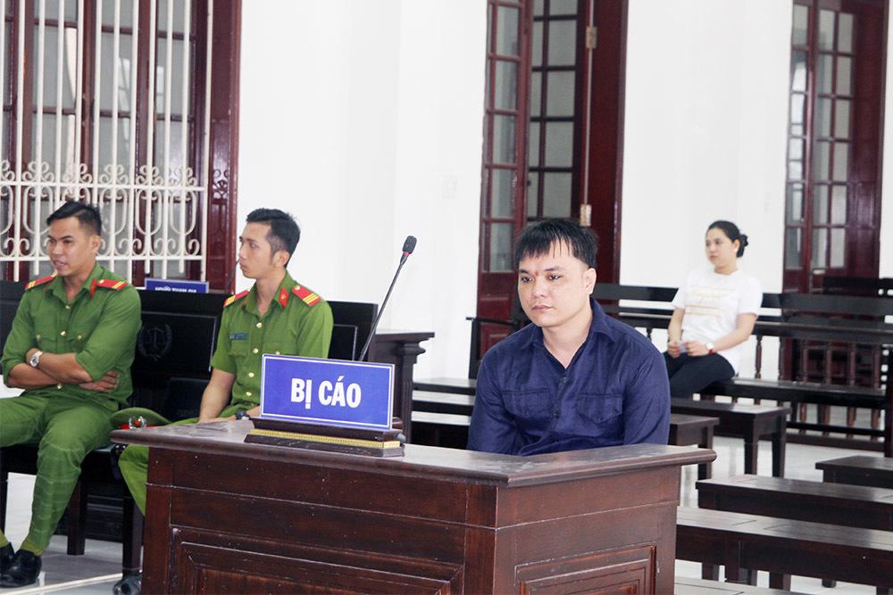 Bị cáo Phi Long II tại tòa