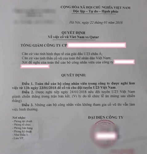 Giám đốc công ty cho toàn bộ nhân viên nghỉ học xem U23 Việt Nam thi đấu bán kết.