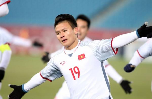 Quang Hải khiến U23 Qatar khóc hận với những pha ghi bàn xuất sắc.