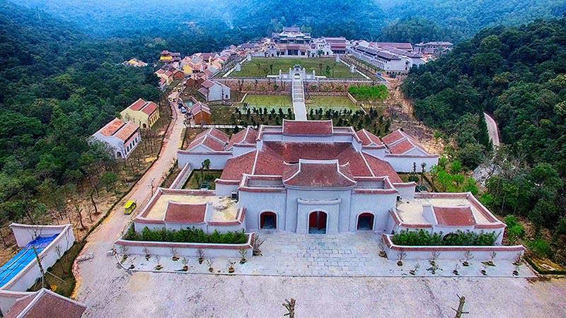 Toàn cảnh Trung tâm văn hóa Trúc Lâm Yên Tử nhìn từ trên cao. Ảnh: Hùng Sơn