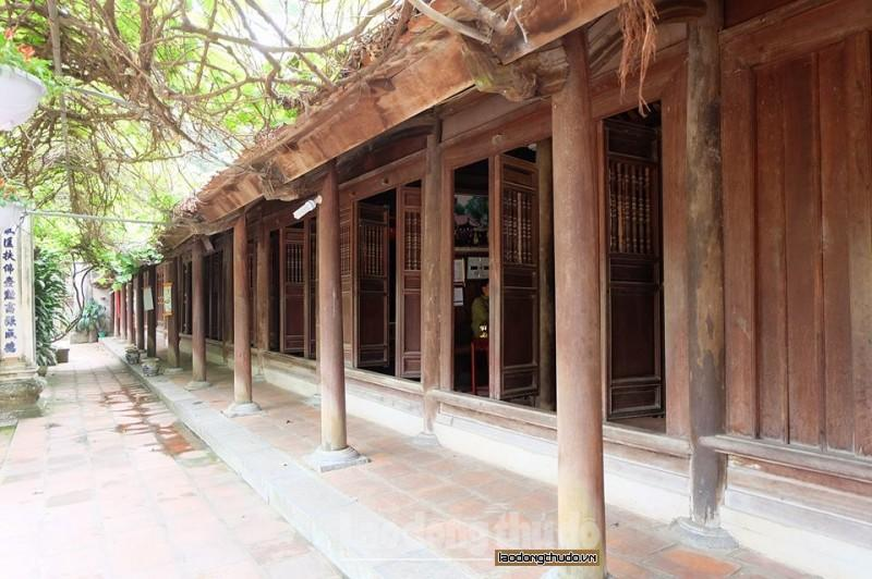 Ba vị Trúc Lâm tam tổ từng trụ trì và mở trường thuyết pháp tại đây