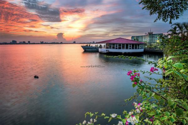 Chiều Hồ Tây, chiều rất yên bình - Ảnh: Binh Nguyen