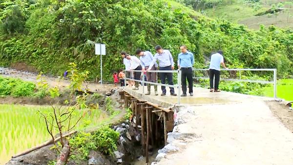 Cây cầu được hoàn thành sau hơn 1 tháng thi công