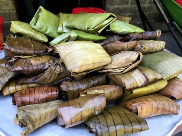 Bánh củ chuối - món quà quê dân dã của bản Đồn