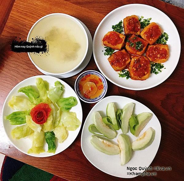Đã có 6 năm xa gia đình để tự lập tại Hà Nội, cô gái sinh năm 1993 - Hà Triệu Ngọc Quỳnh dù sống một mình nhưng vẫn luôn chú ý quan tâm đến từng bữa ăn của bản thân