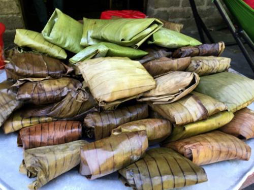 Bánh củ chuối là món quà dân dã của người Bắc Kạn. Ảnh: blogspot