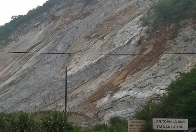 Mỏ đá Suối Viền nơi xảy ra vụ tai nạn khiến hai người chết. Ảnh: L.Đ
