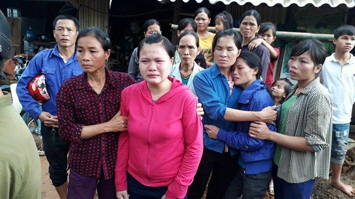 Ai cũng mong phép màu sẽ xảy đến với người thân của mình. Ảnh báo Dân Việt