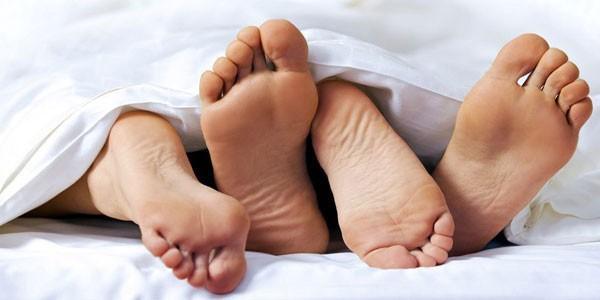 Khi nghĩ về bệnh lây truyền qua đường tình dục , các triệu chứng như ngứa âm đạo hay đau vùng chậu hẳn là sẽ xuất hiện đầu tiên trong tâm trí bạn.