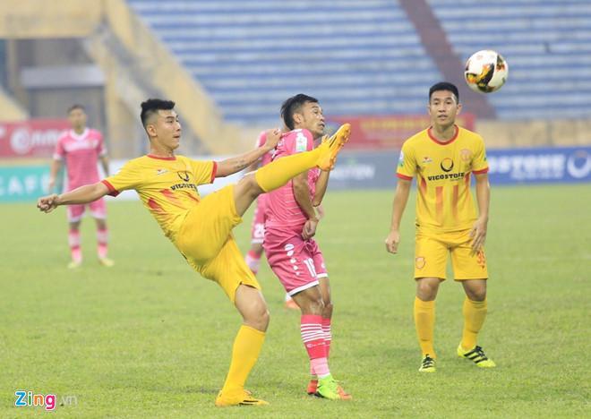 Nam Định đã có 1 trận đấu hay trước Sài Gòn. Ảnh: Kiệt Trần.