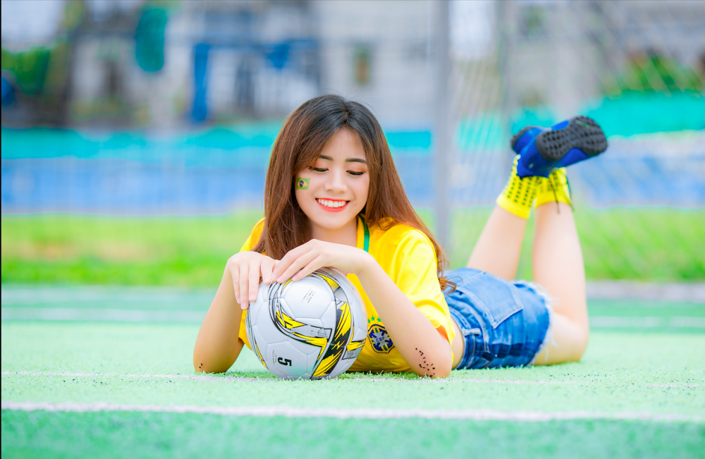 Nụ cười rạng rỡ tạo nên cơn sốt cuồng nhiệt cùng World Cup.