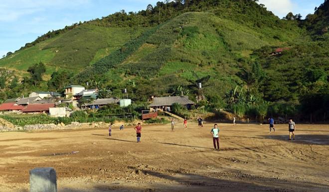 Cuộc sống trở lại bình yên tại Tà Dê, Lóng Luông sau chuyên án ma túy lớn của Công an Sơn La. Ảnh: Báo Công an Nhân dân