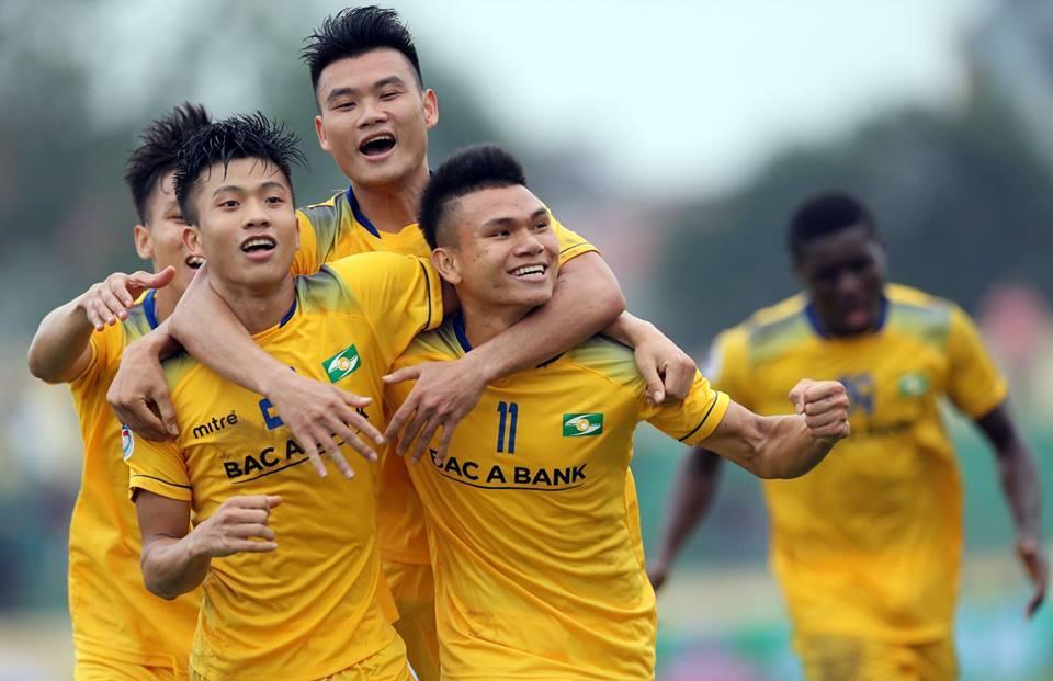 SLNA dẫn 3-0 trước Nam Định trong 46 phút