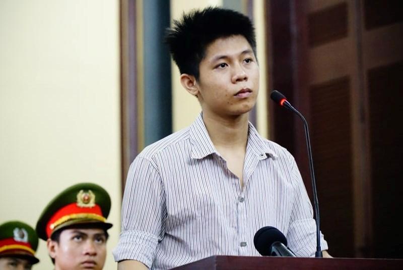 Lời khai lạnh lùng tại tòa của hung thủ thảm sát 5 người