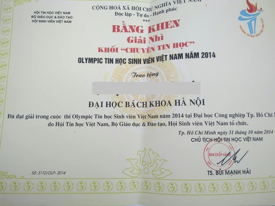 Đình cũng được Bằng khen của Hội tin học Việt Nam do đạt Giải nhì Olympic Tin học Sinh viên Việt Nam 2014 - khối chuyên Tin học và rất nhiều giấy khen khác.