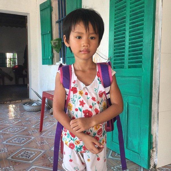 Nếu được phẫu thuật, Hà Vy sẽ khỏe lại bình thường như bao đứa trẻ khác