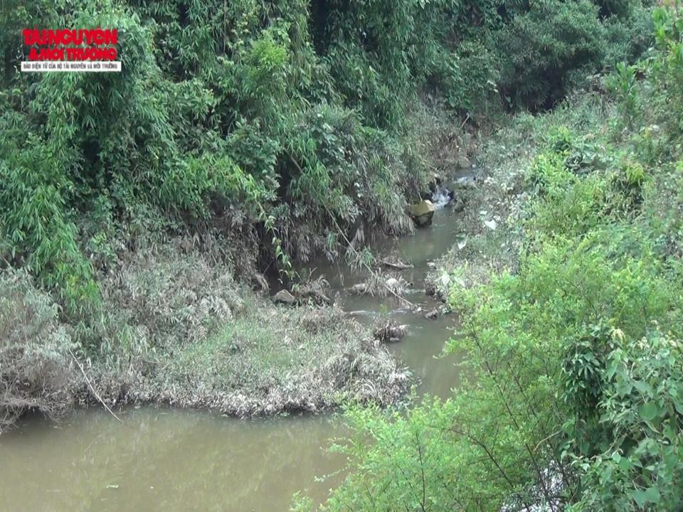 Gây ảnh hưởng đến cả nguồn nước của các dòng suối xung quanh.