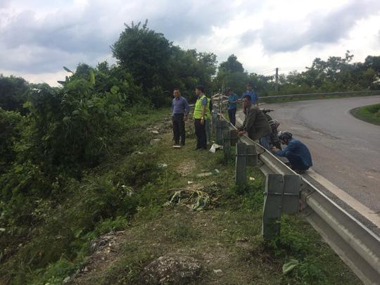 Khúc cua tại chân đèo Cao Bắc - nơi xảy ra vụ tai nạn xe khách lao xuống vực - Ảnh: Việt Linh