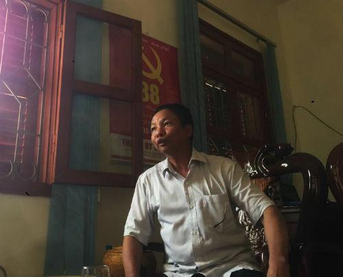 Ông Triệu Văn Tịnh, Viện trưởng VKSND TP Bắc Kạn trao đổi với PV.