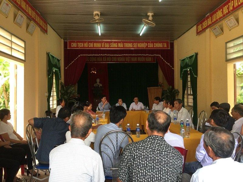 Cuộc họp khẩn của chính quyền địa phương bàn phương án tổ chức tang lễ
