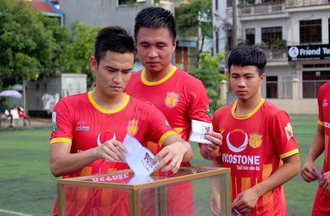 Các cầu thủ Nam Định đóng góp tại trận đấu