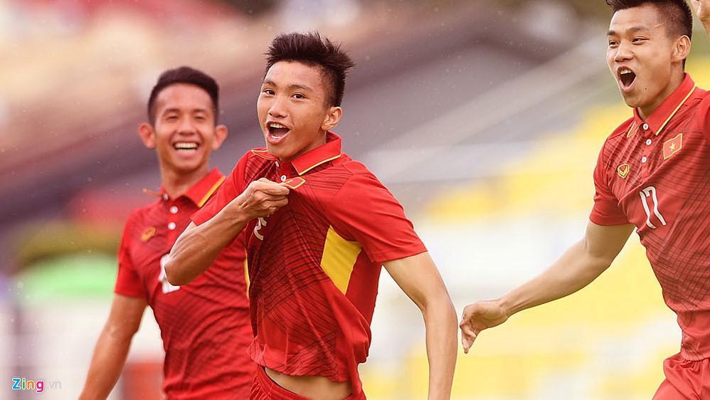 Chưa đầy 20 tuổi, Đoàn Văn Hậu có một sự nghiệp đáng nể ở các đội tuyển Việt Nam. Ảnh: Tiến Tuấn.