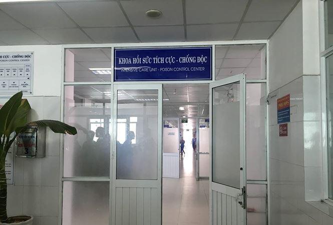 Bệnh nhân Đ.N.V. đang điều trị tại bệnh viện Đà Nẵng. Ảnh: Thanh Trần.