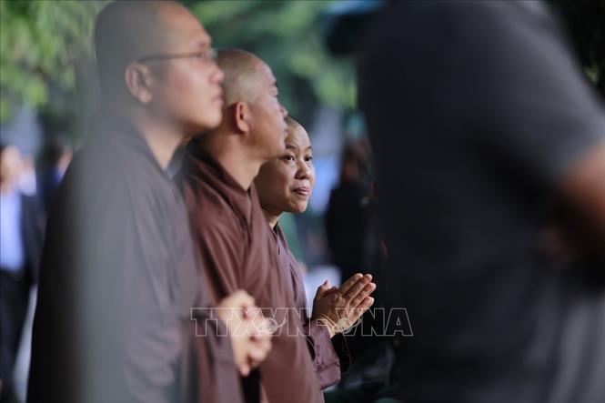 Những nhà sư được mời đến làm nghi lễ nhà Phật tại Lễ tang.