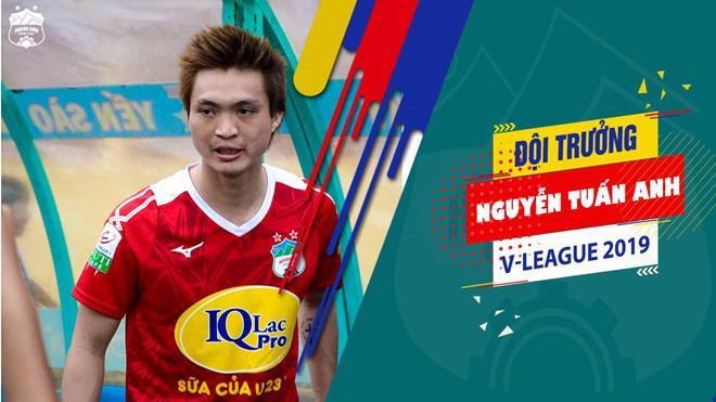 Tuấn Anh mang băng đội trưởng và giúp HAGL giành chiến thắng 4-1 trước Khánh Hòa.