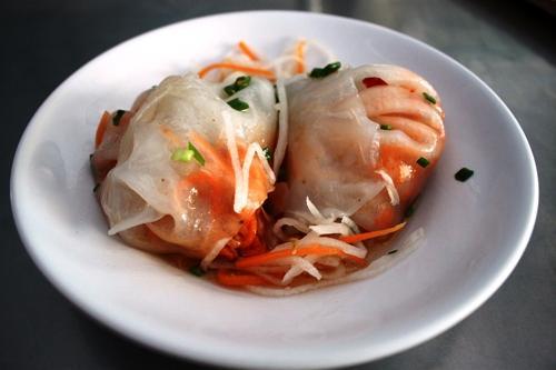 Bánh củ cải là món ăn bình dị, đơn giản mà thân quen ở Bạc Liêu. Ảnh: mientay