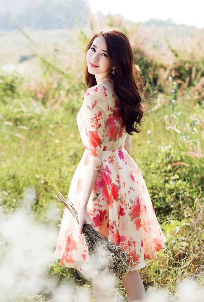 Hoa hậu Đặng Thu Thảo có phong cách thời trang khá giản dị - Ảnh: Internet