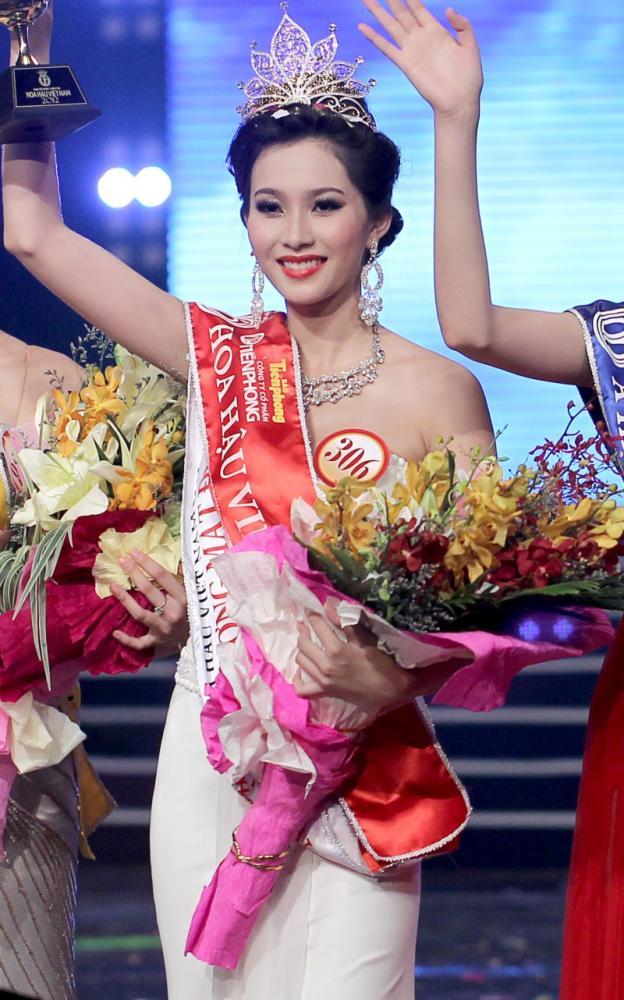 Hoa hậu Đặng Thu Thảo sở hữu nhan sắc xinh đẹp hiếm thấy - Ảnh: Internet