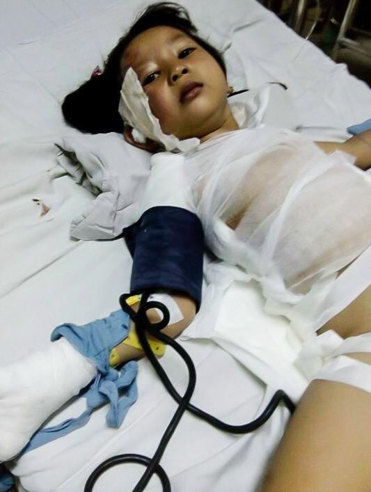 Con gái út của anh Phong đang điều trị tại Bệnh viện Nhi Đồng