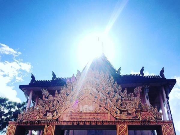 Tòa chánh điện cổ trầm mặc trong khuôn viên chùa Xiêm Cán. (Nguồn: cbi._.ng)