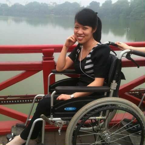 Tai nạn bất ngờ đã cướp mất đôi chân của chị Hải - Ảnh: NVCC