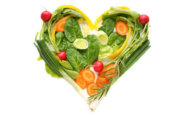 Nhịn ăn tối hoặc bỏ hết chất béo để ăn chay khiến bạn bị suy nhược nghiêm trọng. Ảnh minh họa