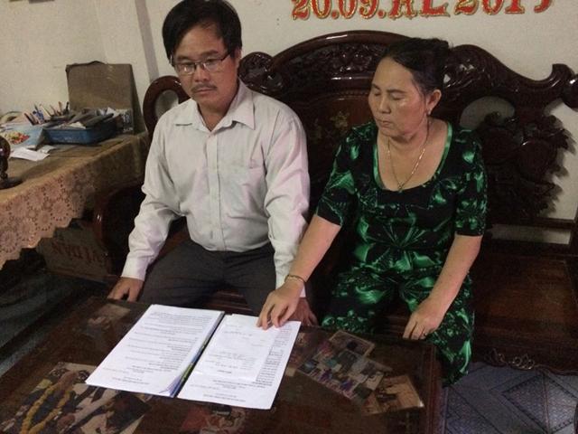 Ông Nguyễn Hữu Thông và bà Trần Hồng Xuân trình bày nội dung vụ việc
