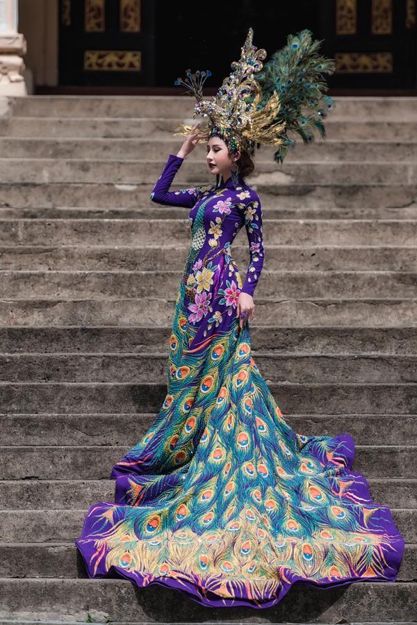 Người đẹp Chi Nguyễn được Cục Nghệ thuật Biểu diễn cấp phép dự thi Miss Asia World từ ngày 9 đến 29/6 tại Libăng. Chi Nguyễn sinh năm 1990, quê ở Vĩnh Long. Cô cao 1,72 m, nặng 48 kg, số đo ba vòng là 86-58-90. Chi Nguyễn từng đoạt giải Á khôi Duyên dáng Áo dài 2017 và Á quân Người mẫu Thời trang Việt Nam 2018.