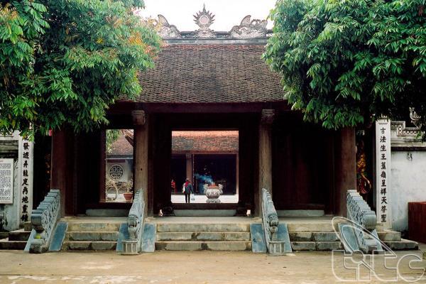 Trải qua thời gian dài, đền Đô đã được tu sửa lại khang trang nhưng vẫn giữ kiến trúc ban đầu.