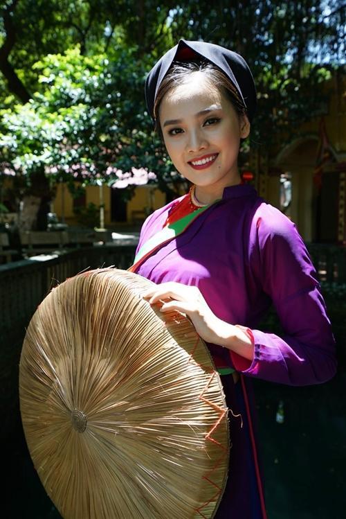 Vẻ duyên dáng của cô gái từng được bình chọn có khuôn mặt đẹp nhất Hoa hậu Việt Nam 2016.