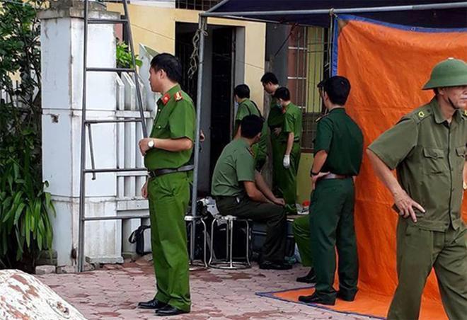 Cơ quan CSĐT Công an tỉnh Bắc Ninh khám nghiệm vụ án.