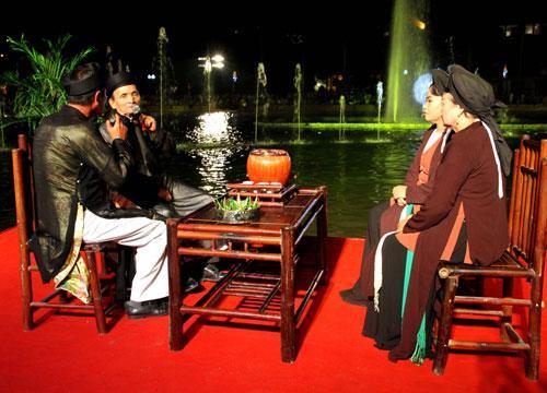 Hát đối đáp Quan họ cổ giữa các nghệ nhân Dân ca Quan họ làng Viêm Xá với Thị Cầu  (thành phố Bắc Ninh)