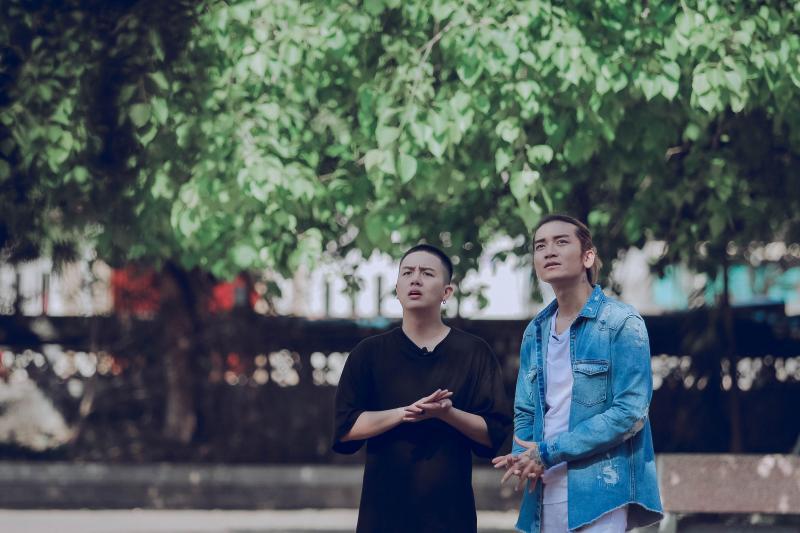 BB Trần và Duy Khánh đã có hành trình đáng nhớ khám phá mảnh đất Kinh Bắc. Ảnh: Tuấn Anh
