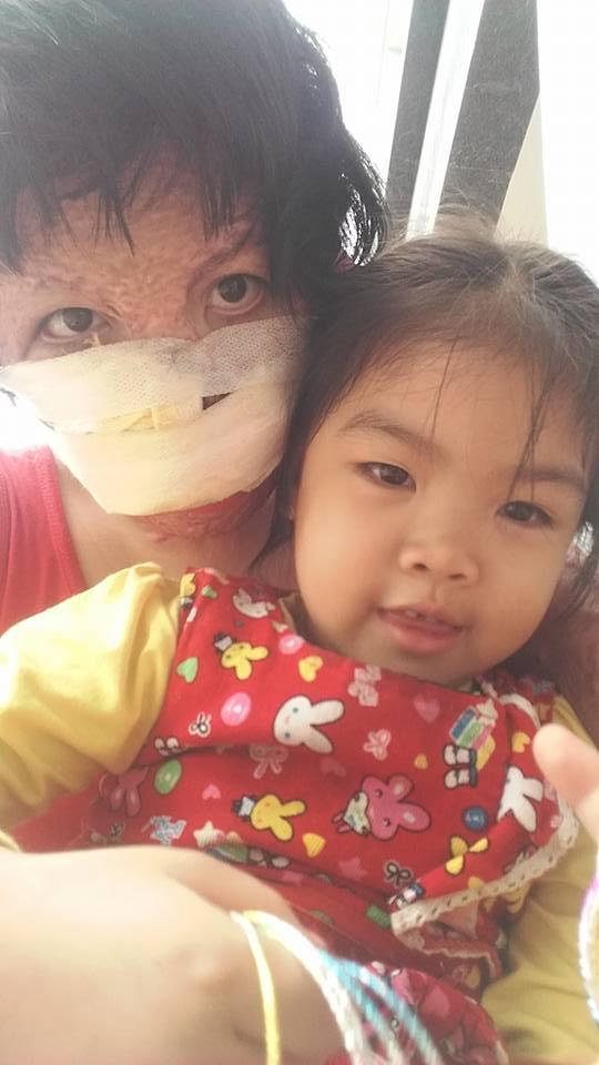 Con gái lớn Thu Uyên chính là nguồn động viên, an ủi lớn giúp Dung chiến đấu với số phận