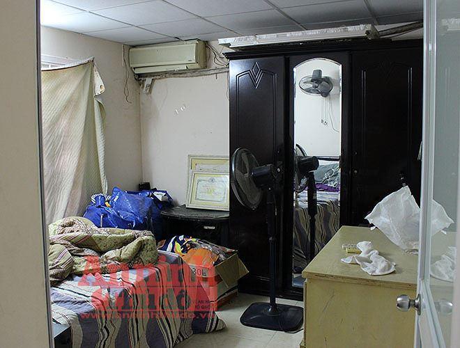 Các đối tượng sau khi sử dụng ma túy dạng ketamin thì sinh hoạt trong phòng ngủ của căn hộ tập thể này