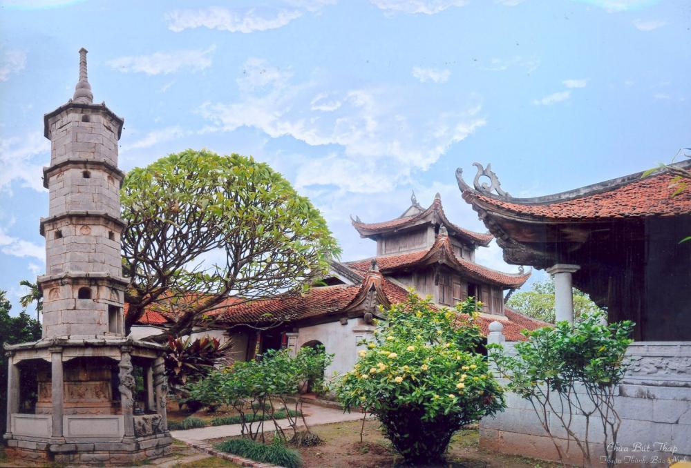 Khung cảnh ở chùa Bút Tháp. (Ảnh: toplist.vn)