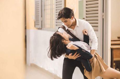 Một trong những cảnh quay lãng mạn của MV. (Nguồn: Fb Nguyễn Thanh Vy)