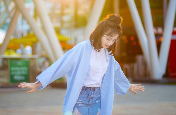 Với gu ăn mặc cực chất, hiện Thanh Vy đang là chủ sở hữu của một cửa hàng thời trang tại Sài Gòn. (Nguồn: NVCC)